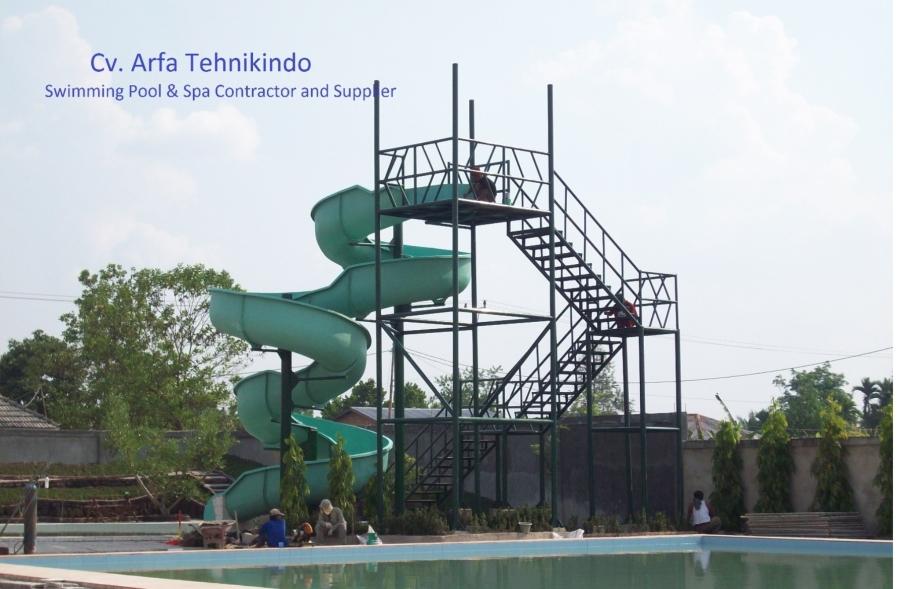 Fabrikasi Slides Nailah Waterboom-riau Pknbaru