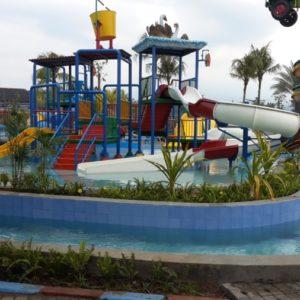 Kolam Arus Saygon Waterpark